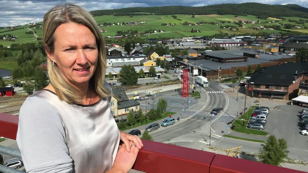 VIL HA BYSTATUS: Ordfører Merete Myhre Moen vil jobbe for at Tynset skal få bystatus. Foto: Erland Vingelsgård