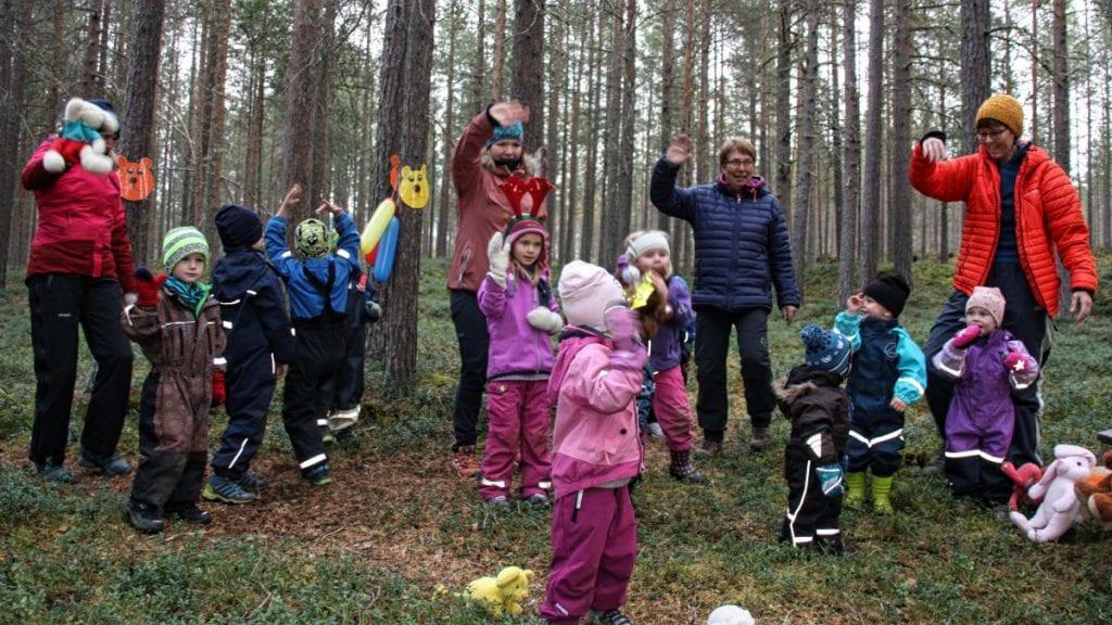TO KJEMPEFINE UKER: Fåset barnehage har hatt brannvernfokus i to uker. Foto: Fåset barnehage