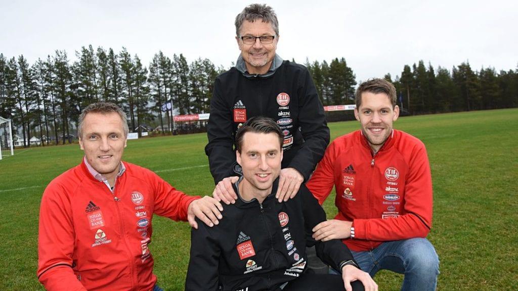 Mats Lund fortsetter som fotballtrener