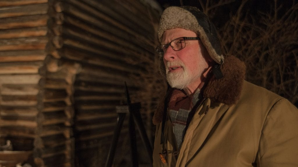 FORFATTER: Arne Kristian Horten er både forfatter og skuespiller i det historiske stykket som skal framføres på Øverby nyttårskvelden. Foto: Liv Maren Mæhre Vold