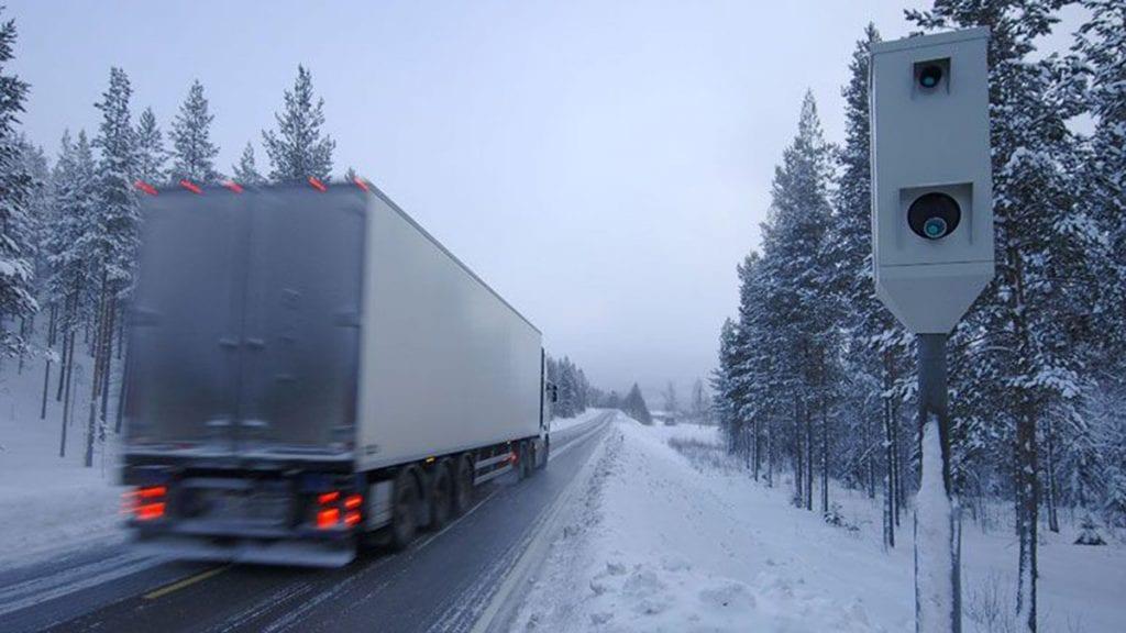 LIKE FØR: Det er like før det blir gjennomsnittsmåling på en 14 kilometer lang strekning over Kvikneskogen. Illustrasjonsfoto: Ivar Thoresen