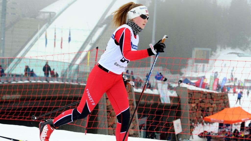 GOD LÆRING: Eirin Tangen er en av tre Tynset-løpere som i helga har gått Ungdommens Holmenkollrenn. Foto: Svein Halvor Moe.