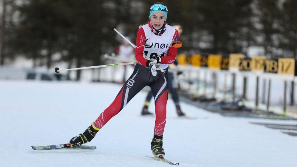 EN AV FLERE: Det var flere av de lokale skiskytterne som ble dobbel kretsmester i helga. Emma Tørhaug Brevad, Kvikne IL, var en av dem. Foto: Ivar Thoresen