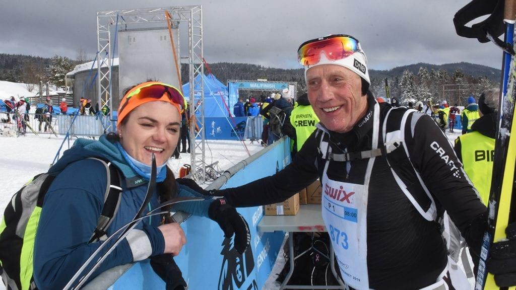 FORNØYDE BIRKEBEINERE: Hilde Losgård Landheim og Arne Magnar Moen var begge slitne med fornøyde med å passere målstreken på Lillehammer til respektable tider og plasseringer. Foto: Jan Kristoffersen
