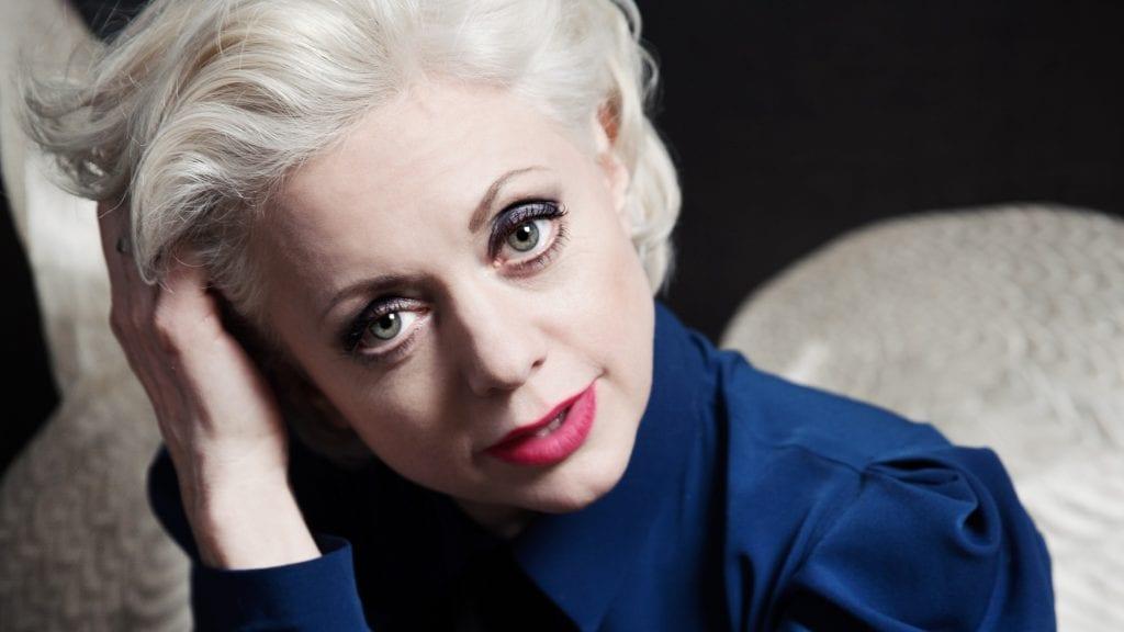 TIL TYNSET: Lørdag kommer Hilde Louise Asbjørnsen til Storsalen i Tynset kulturhus. Foto: privat
