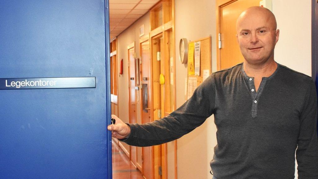 SAVNER PASIENTENE: Knut Selmer var i mange år fastlege på Tynset og nå sier han opp jobben som kommunlege fordi han savner pasientene. Foto: Jan Kristoffersen