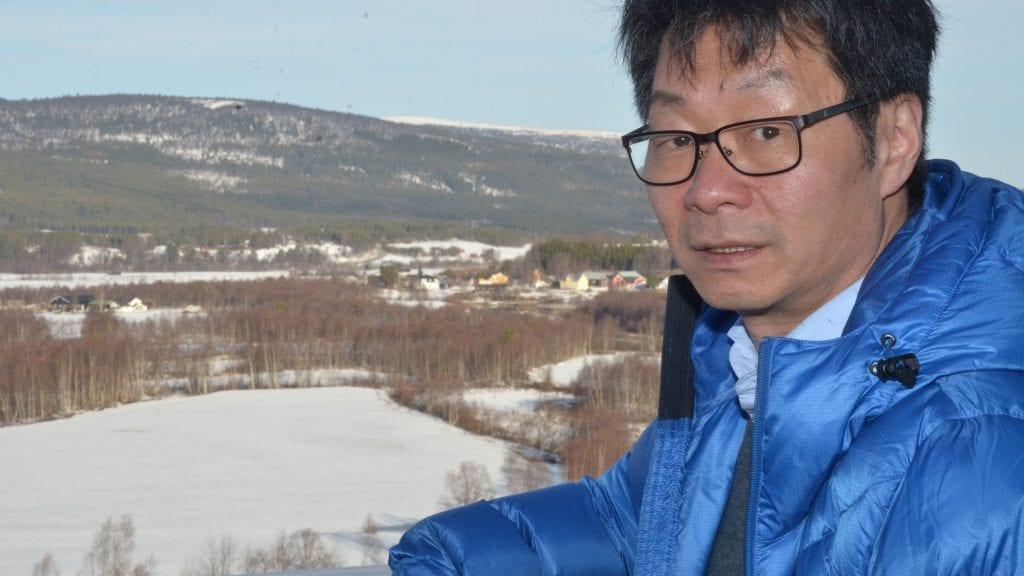 SPARE TID: Terje Hylen mener at planlegginga av gang- og sykkelveg på Kvikne må komme igang så fort som råd. Foto: Erland Vingelsgård