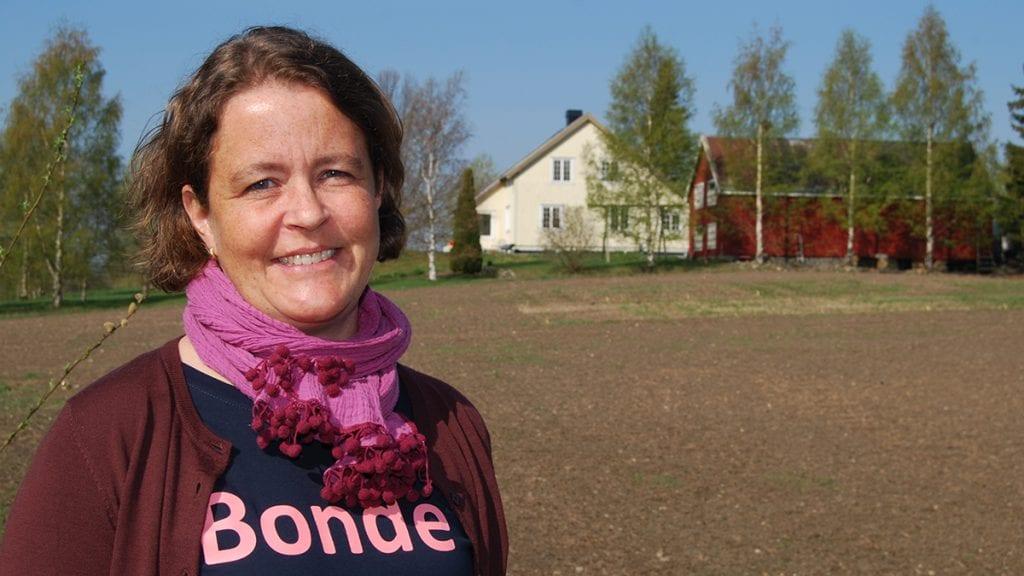 SKUFFET OVER KRF: Tilbudet til landbruket i årets jordbruksforhandlinger skuffet Elisabeth Gjems, leder i Hedmark Bondelag. Spesielt er hun skuffet over KrF. Foto: Hedmark Bondelag