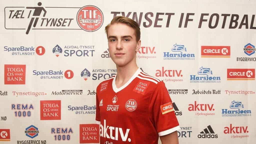 STARTKLAR: Etter fem innhopp er Knut Harsjøen nå klar for sin debut på a-laget fra start. Spennende å se hvordan den lovende 16-åringen takler det. Foto: Jan Kristoffersen