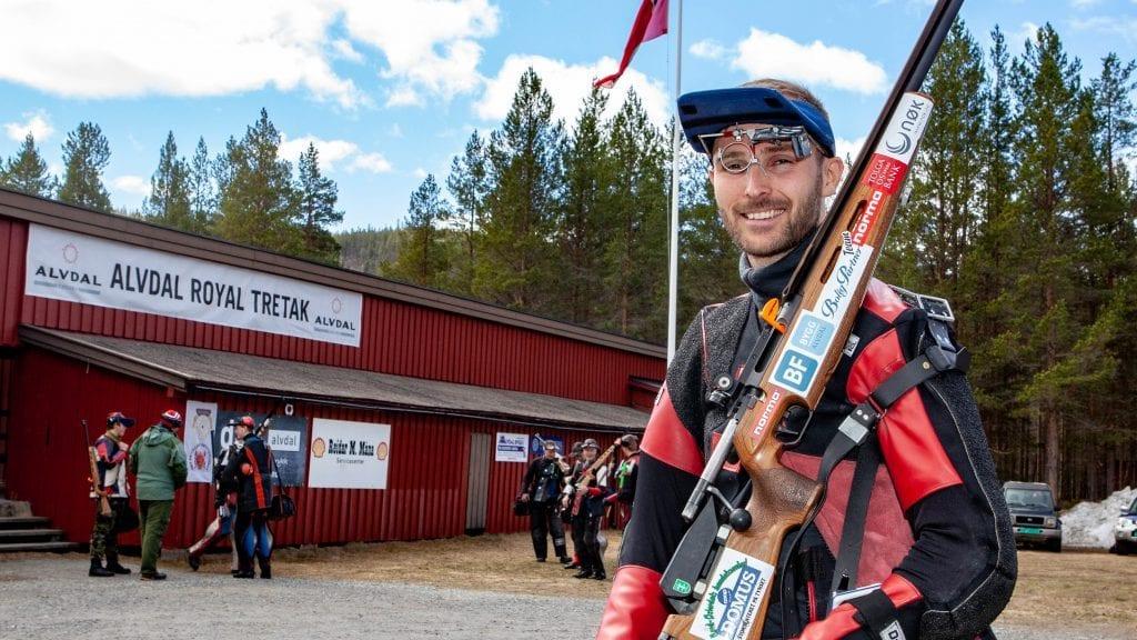 TOPP-RESULTAT: Søndagens skyting under Tydalsstevnet resulterte i banerekord mrd råsterke 349 poeng for Roger Nilsen. Foto: Lars Vingelsgård